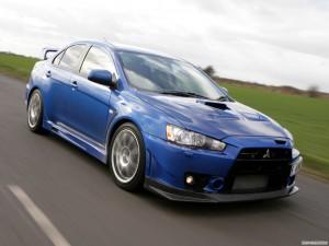 Mitsubishi Evolution X Фото