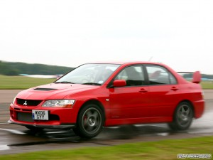 Mitsubishi Evolution IX Фото